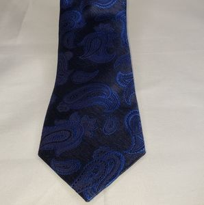 Men's Luxury Silk Tie By Jos A. Bank  Black / blue